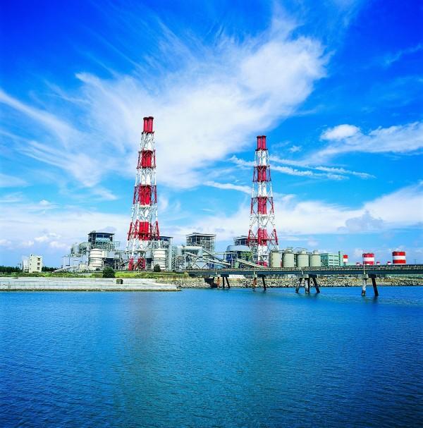 台電興達電廠將新設3部天然氣機組,陸續替代既有火力機組,預計112年起供電。(台電提供)