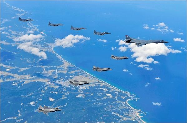 圖為今年9月美韓聯合軍演,美軍出動F-35B機隊參與演練。(法新社檔案照)