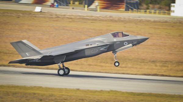 今天也傳出南韓軍方已開始考慮購買10分鐘可飛抵北韓平壤的F-35B戰機。(歐新社)