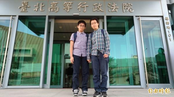 梁宗慧(右)與朱姵諠(左)強調一定會上訴。(記者吳政峰攝)