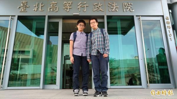 梁宗慧(右)與朱姵諠(左)對於判決結果表示將上訴。(記者吳政峰攝)