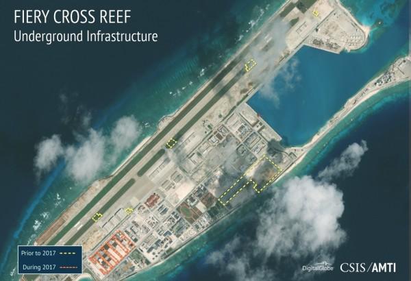 中國近年來在南海填海造陸、建立軍事基地。(圖擷取自AMTI)