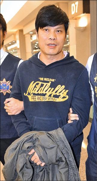 首腦余遠螢一度躲到中國,後來由刑事局自廣西押解回台。(資料照)