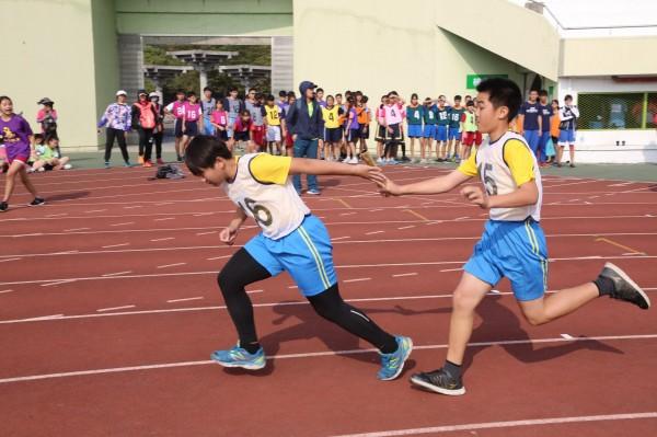 南市107年中等學校聯合運動會有2884位選手參賽,爭取4月全中運代表權。(圖由市府提供)