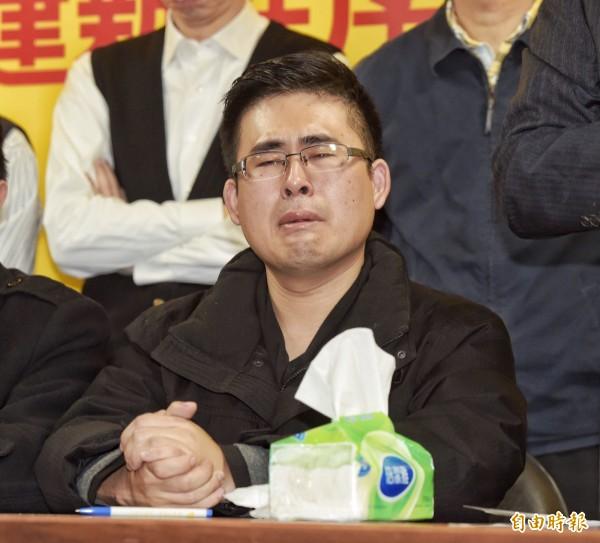 新黨黨工王炳忠昨日,大動作揚言對台灣各大媒體提告,指控媒體在其作證「共諜案」期間的不實報導。(資料照,記者黃耀徵攝)
