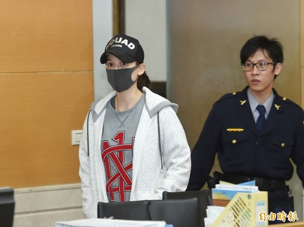 陳喬恩酒駕被移送,檢方諭令10萬元交保。(記者方賓照攝)