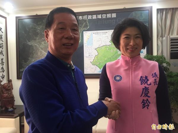 議長饒慶鈴拜會市長張國洲。(記者張存薇攝)