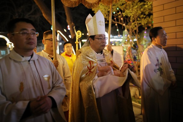 一般天主教的主教是由教宗任命,但在中國卻因認為政黨高於宗教,堅持自行任命,導致主教任命問題牽動梵中關係。圖為示意圖。(歐新社)
