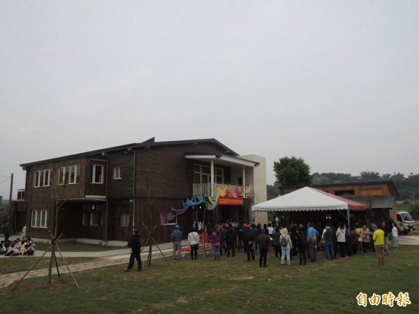 新竹市政府啟動新校園運動,透過新校舍及老舊校舍改建,打造學生的知識遊樂地。(記者洪美秀攝)
