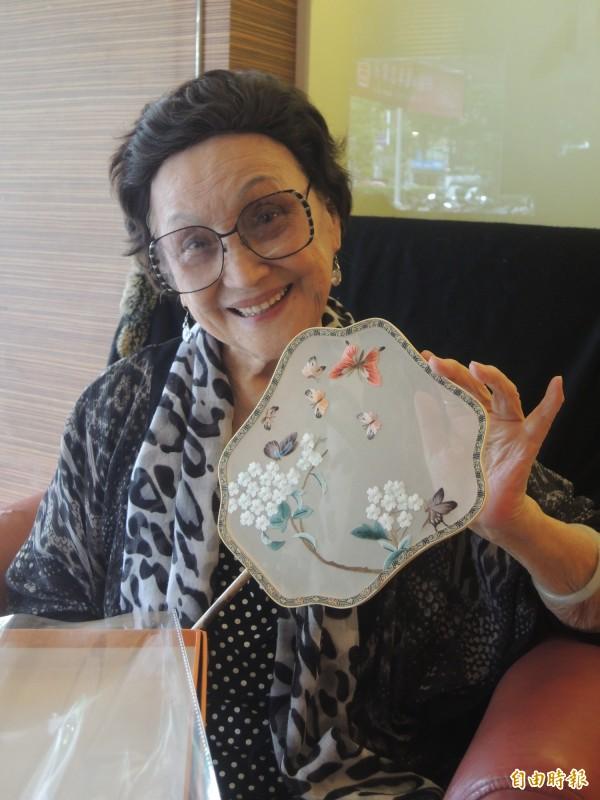 出生新竹縣五峰鄉賽夏族部落的88歲戴玉妹,一生從事歌舞教學工作,桃李滿天下。(記者廖雪茹攝)