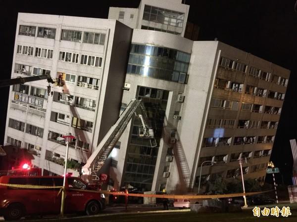 花蓮昨(6日)晚11時50分發生規模6.0地震,一名居住在台灣15年的日本人說,這是他在台灣經歷過最大的地震。(記者王峻祺攝)