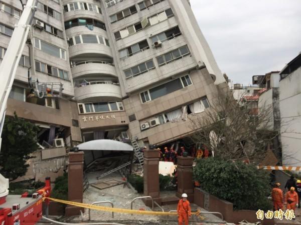 截至今晨7時25分,餘震已超過200個,氣象局提醒,預計2週內都會頻繁發生。(資料照,記者王峻祺攝)