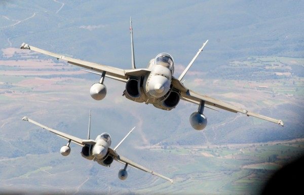 外傳我國為了保持台海空優,已透過管道,與美方討論購買F-15與F-18戰機的可能性。(歐新社)