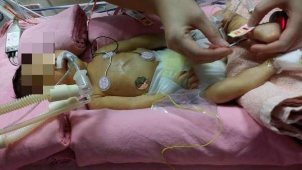 有新手媽媽指控新竹某間醫院對她早產的孩子置之不理。(圖擷取自爆料公社)
