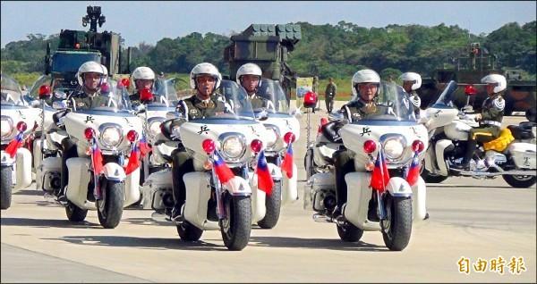 憲兵勤務連警衛排日前擴編成「憲兵快速反應連」。(資料照)