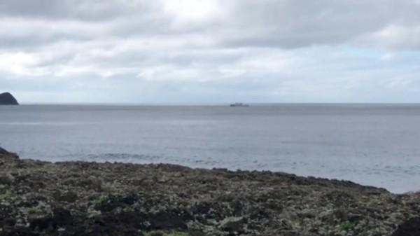2月5日在蘭嶼外海失事的黑鷹直升機,傳出在蘭嶼海岸發現部分殘骸,將送往飛安會進行調查。(資料照,記者陳賢義翻攝)