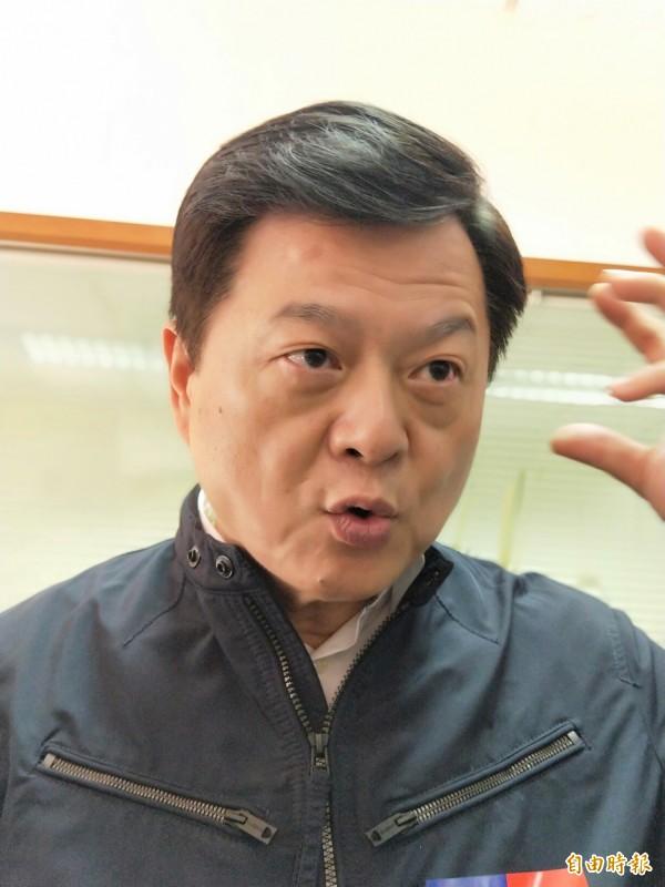 周錫瑋表示,他將會邀請侯友宜一起辦政見辯論會。(記者何玉華攝)