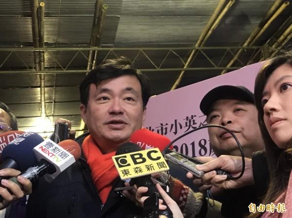 民進黨秘書長洪耀福說,侯友宜參選最大的問題,是如何擺脫朱立倫的包袱」,如何與朱立倫切割,是侯友宜選戰最重要的戰略。(資料照)