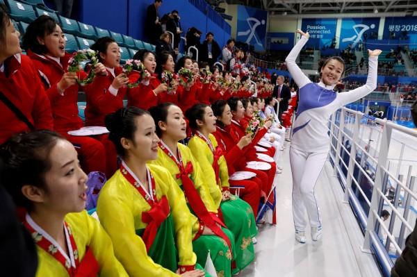 南韓平昌冬奧期間,韓國色情片的搜尋量激增,可能是受到北韓美女啦啦隊所刺激。(路透)
