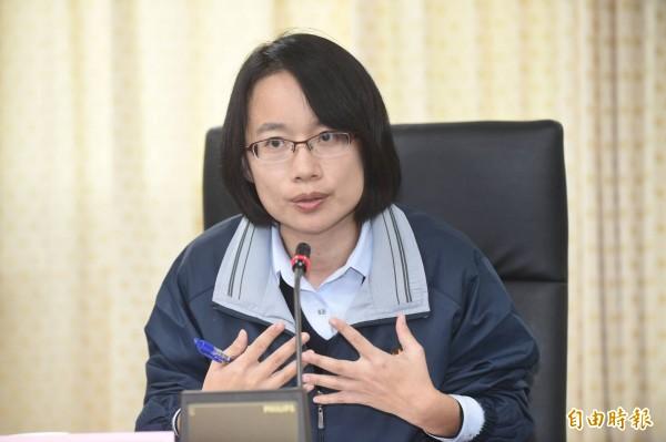 被問是否適任北農總經理職位,吳音寧回:董事會決定。(記者劉信德攝)