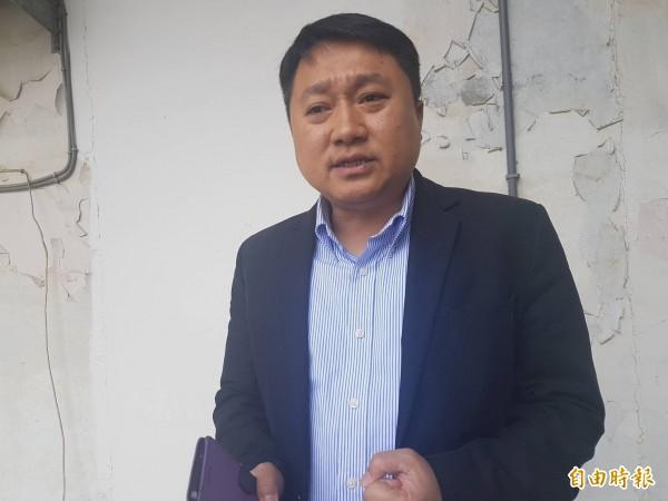 國民黨組發會主委李哲華拜訪金門聽取基層黨員心聲,據以評估最佳的縣長人選。(記者吳正庭攝)