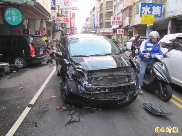 賓士車撞死孝子義警,讓家屬很不能接受,與新聞無關。(資料照)