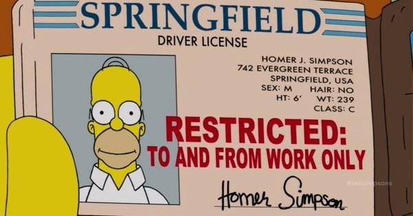 卡通裡荷馬辛普森的駕照。(圖擷自推特)