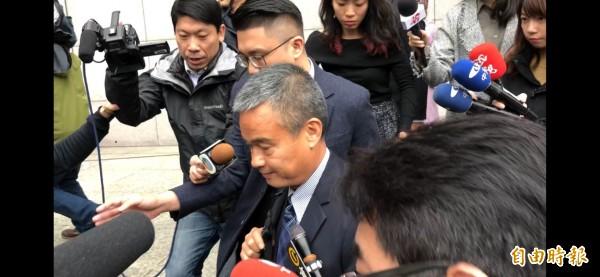 香港警務處詹姓警司率2名警官,在跟我國警方口頭交流港女被殺棄屍案案情後離去。(記者邱俊福攝)