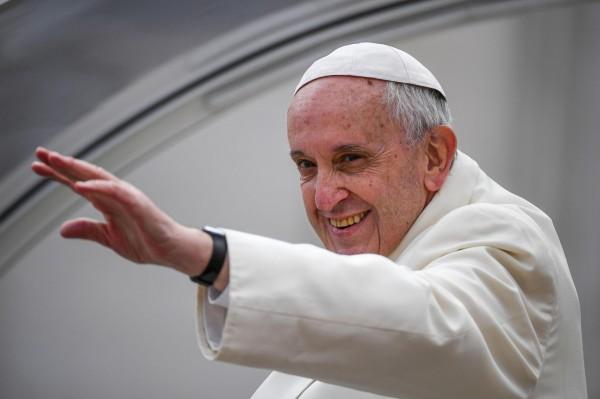 教宗方濟各認為,應該把刺青視為年輕人溝通的一種方式。(歐新社)