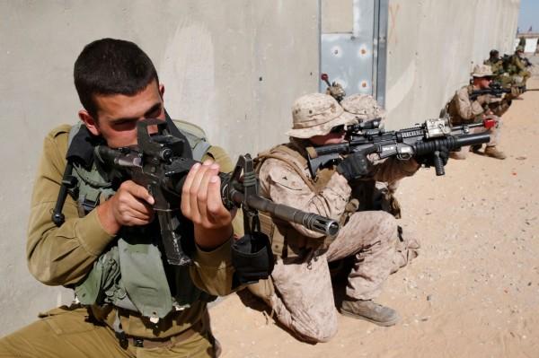 以色列軍方今日表示,將在邊界部署超過100名狙擊手,以應對巴勒斯坦人計畫的大行示威。(法新社)