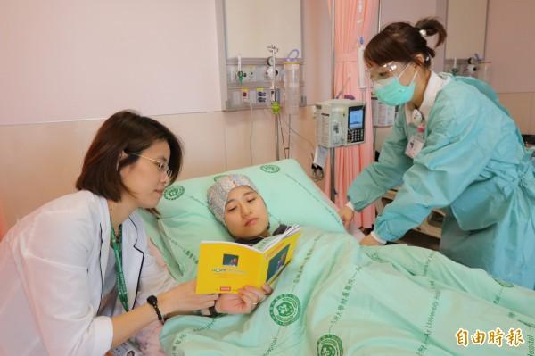 亞大醫院網羅多位醫學中心主任級醫師成立血液腫瘤科團隊,患者從檢查、確診到治療,都可獲得完整照護。(示意圖,記者陳建志攝)
