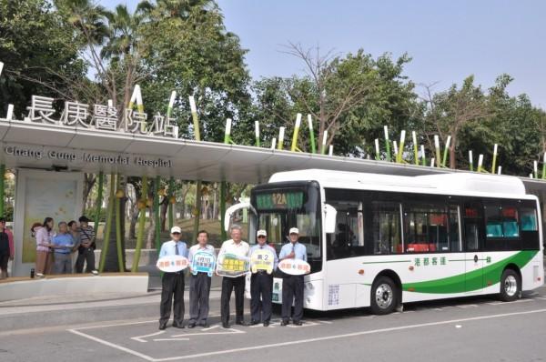 行駛高捷黃線路線的黃2公車4月1日上路。(交通局提供)