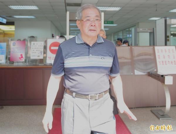 蘇炳坤冤案獲再審,高院首度開庭,蘇炳坤出庭應訊。(記者王藝菘攝)