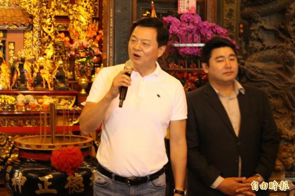 前台北縣長周錫瑋受訪時表示,初選民調只剩下兩天,講任何有關黨內的事都會被說是在吵架,還是要建立國民黨團結形象。(記者邱書昱攝)