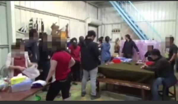 越南新住民賭客多達12人。(記者洪定宏翻攝)