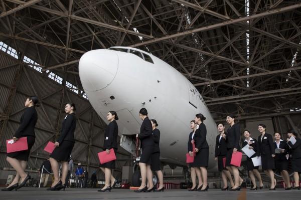 日本明年1月起將徵收出境稅。(彭博)