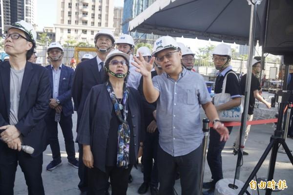 高雄市長陳菊 即將北上接任總統府秘書長,她在任期最後階段進行市政巡禮。。(記者黃佳琳攝)