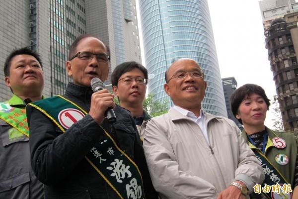 2014年游錫堃參選新北市長,蘇貞昌到場力挺。(資料照)