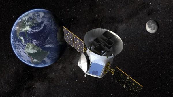 美國太空總署(NASA)將在美國時間16日晚上發射「凌日系外行星巡天衛星」(TESS,見圖),在未來兩年內觀測太陽系外20萬顆亮度較高恆星的「凌日現象」。(路透)