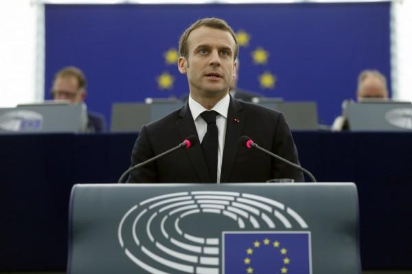 法國總統馬克宏週二(17日)承認,空襲敘利亞「沒有解決任何問題」。(美聯社)