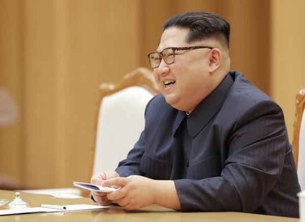 青瓦台官員補充,會談中還要幫助金正恩能順利在6月上旬與美國總統川普展開談判,若大家想要有和平共處的門路,就必須要讓北韓當局有安全感,為達此目的就要找出能夠讓金正恩滿意的方法。(法新社)
