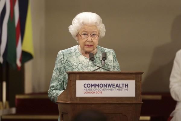 英女王伊麗莎白二世表示,希望她的兒子查爾斯王儲未來可以繼承她的角色,出任大英國協元首。(美聯社)