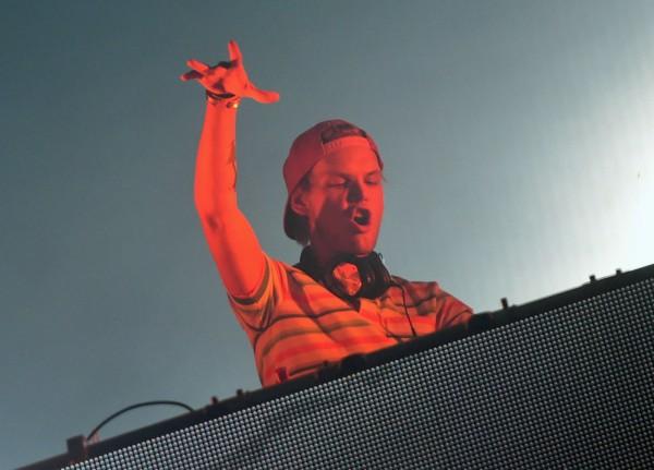 瑞典電音才子艾維奇(Avicii)是全球最著名的DJ之一,他讓電子音樂(EDM)成功進入流行音樂浪潮。(法新社資料照)