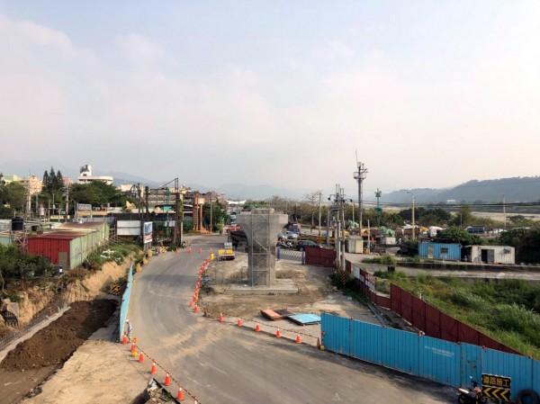 東豐快速道路將進行鋼橋吊裝工程,部分道路須配合封閉。(圖由台中市政府建設局提供)
