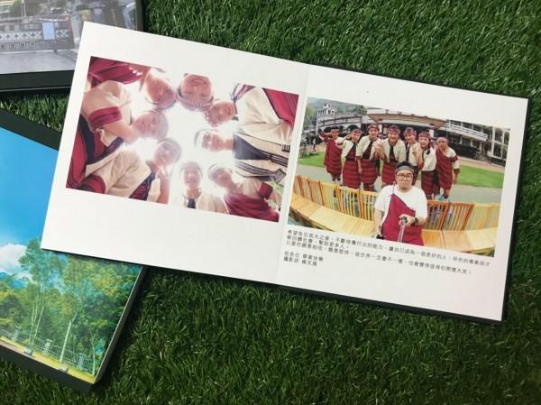 偏鄉學童的畢業照通常只有一張大合照,楊文逸的義拍,讓學童擁有婚紗照精緻等級的畢業紀念冊。(圖:楊文逸提供)