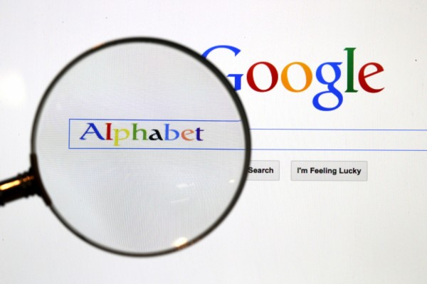 Alphabet於23日公布的今年第一季財務報表中揭露,Alphabet子公司Google的廣告收入約為266億美元,較去年的214億美元(約新台幣6326億元)成長了約24.2%,是Alphabet的主要收入來源。(資料照,路透)