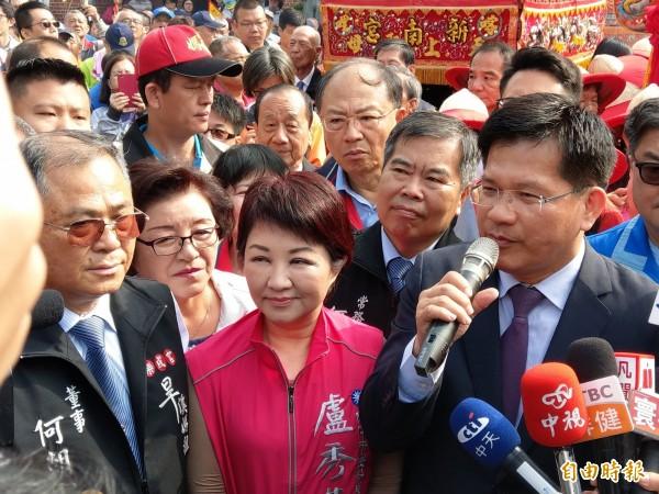 台灣指標民調顯示,2018台中市長看好度,林佳龍(前右)以40.6%領先盧秀燕(前中)20.1%。(資料照)