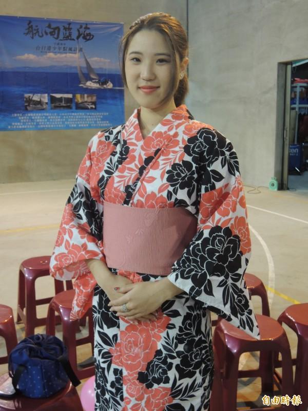 椿原世梨奈今晚出席岳明國小餐會,穿著和服現身,讓人眼睛一亮。(記者江志雄攝)