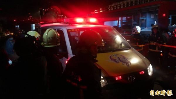 在大火中一度有7名消防員失聯,全數救出後其中5人殉職。(記者許倬勛攝)