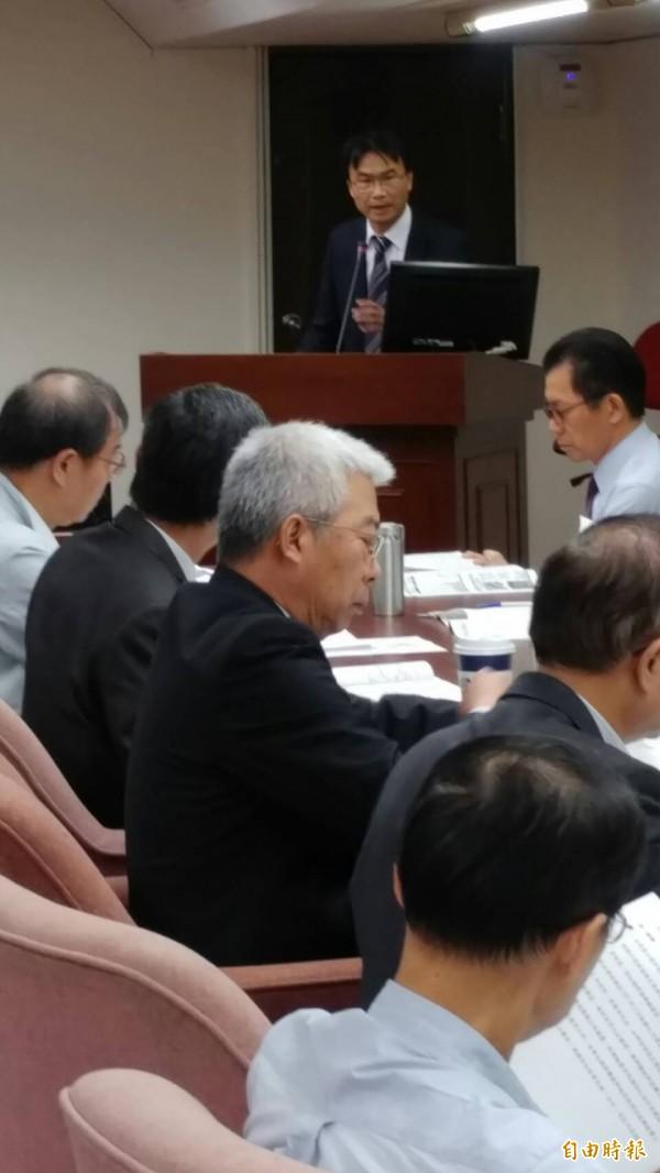 農委會副主委陳吉仲強調,目前正進行生態調查,如有保育必要,將擴大既有野生動物重要棲息環境公告範圍。(記者劉力仁攝)